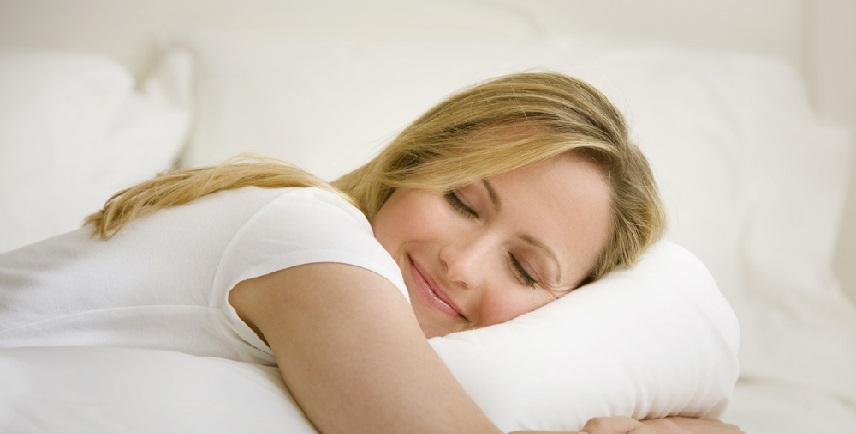 Fall Asleep Easily Tonight – Avoid These 6 Foods!